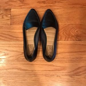ME TOO Black Pointed Toe Leather Loafers Size 6M